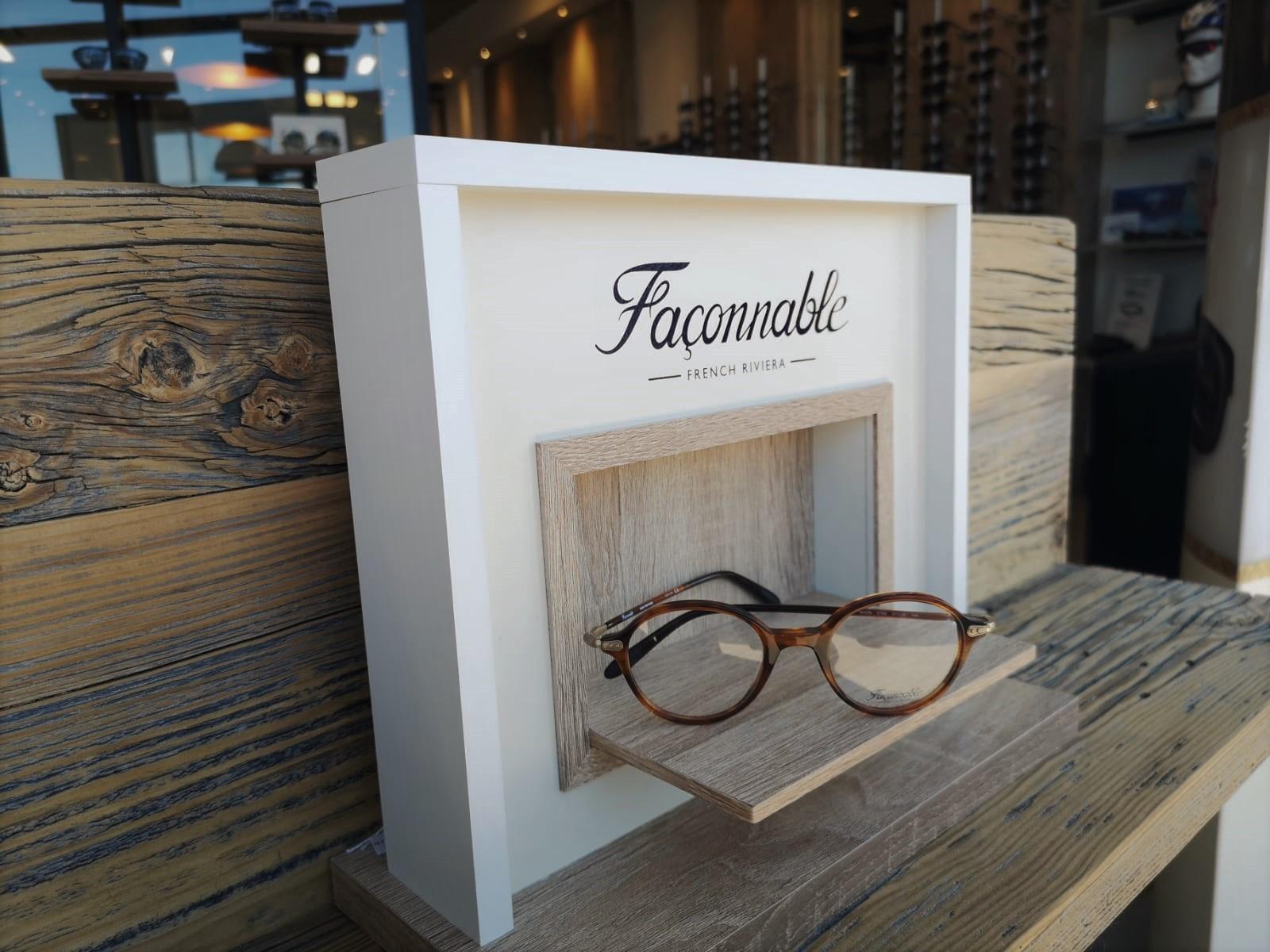 Toute la collection de lunettes homme Façonnable chez Mouans Optique