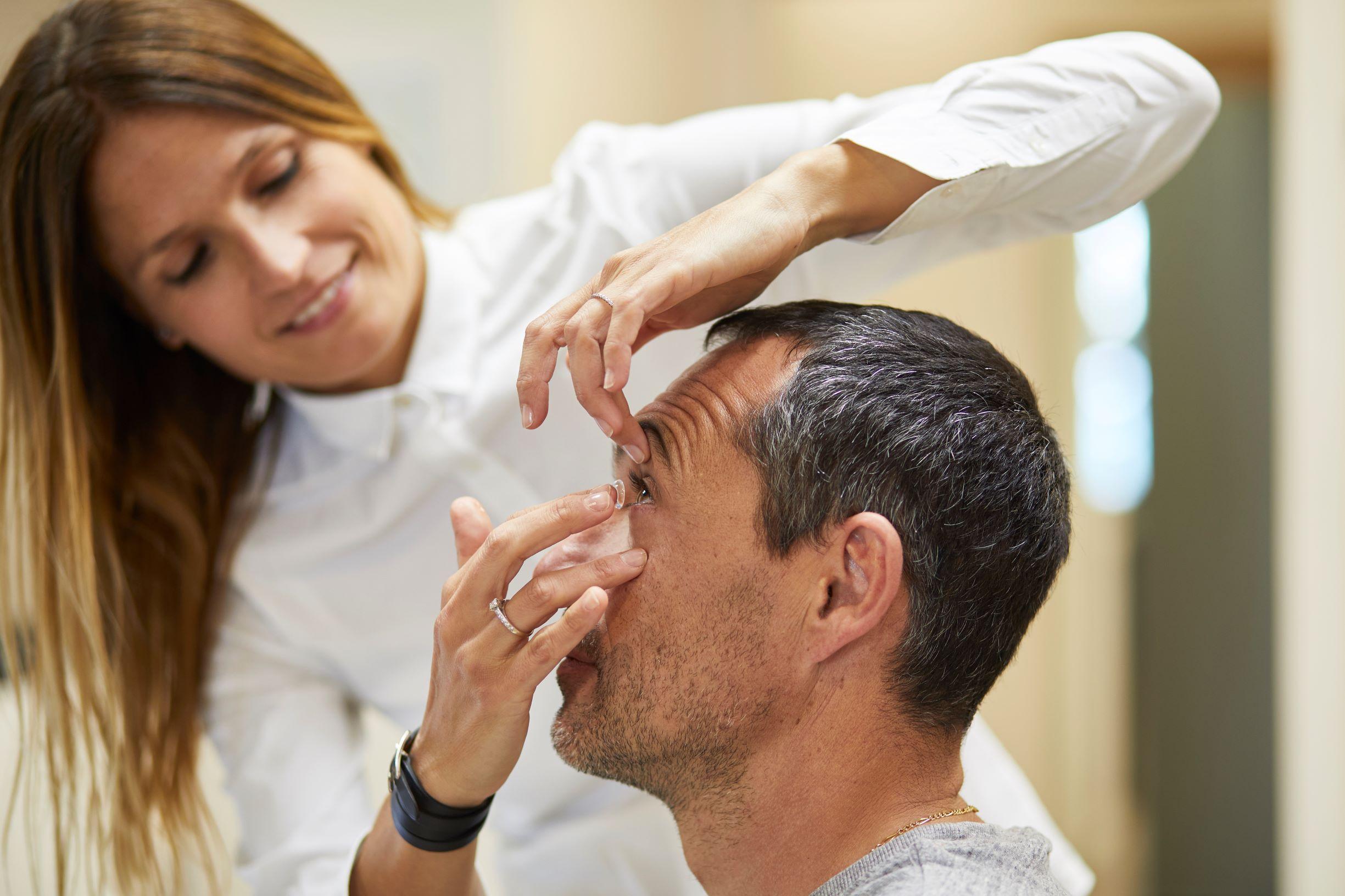 Mouans Optique, adaptation lentilles de contact, opticien à Mouans Sartoux Cannes